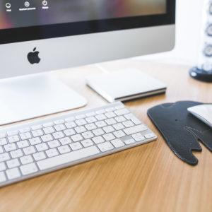 apple-desk-office-working
